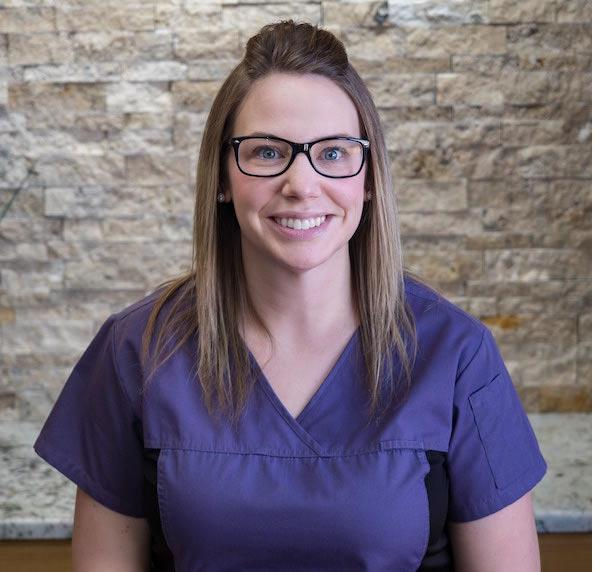 Amanda Bisschop – Level II Dental Assistant